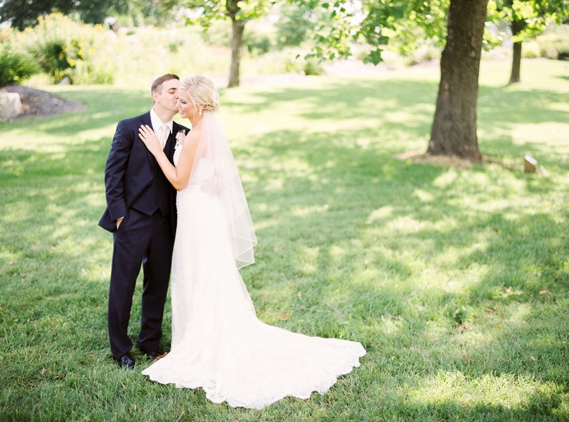 Stephens-College-Wedding-Our-Lady-Lourdes-Catholic-Church-Kimball-Ballroom-Lindsey-Pantaleo-Columbia-Missouri (4)