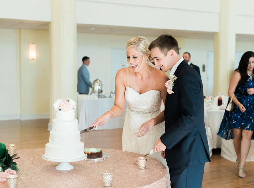 Stephens-College-Wedding-Our-Lady-Lourdes-Catholic-Church-Kimball-Ballroom-Lindsey-Pantaleo-Columbia-Missouri (43)