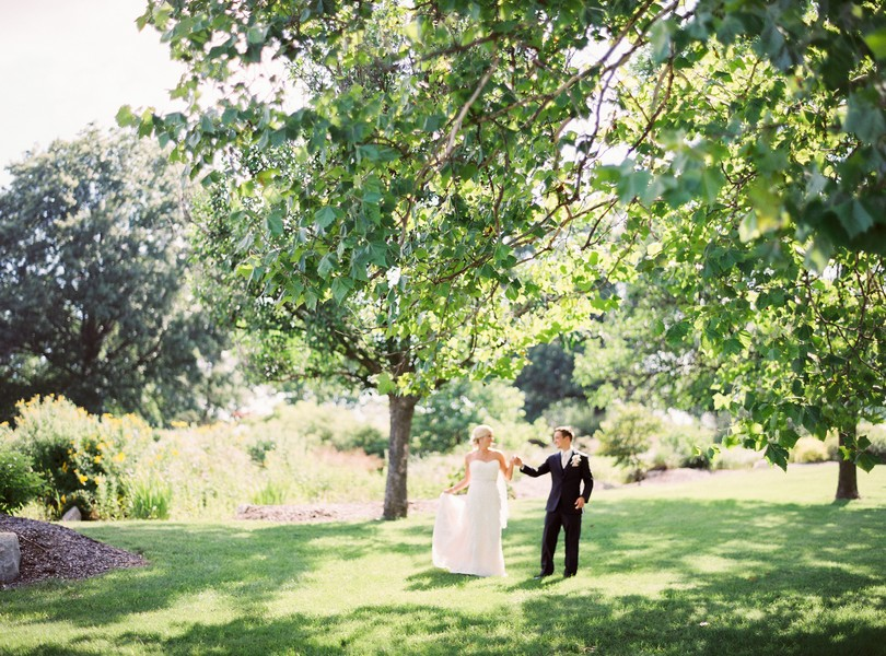 Stephens-College-Wedding-Our-Lady-Lourdes-Catholic-Church-Kimball-Ballroom-Lindsey-Pantaleo-Columbia-Missouri (5)
