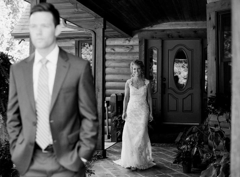 lindsey-pantaleo-wedding-photography-fulton-missouri-outdoor-wedding-28