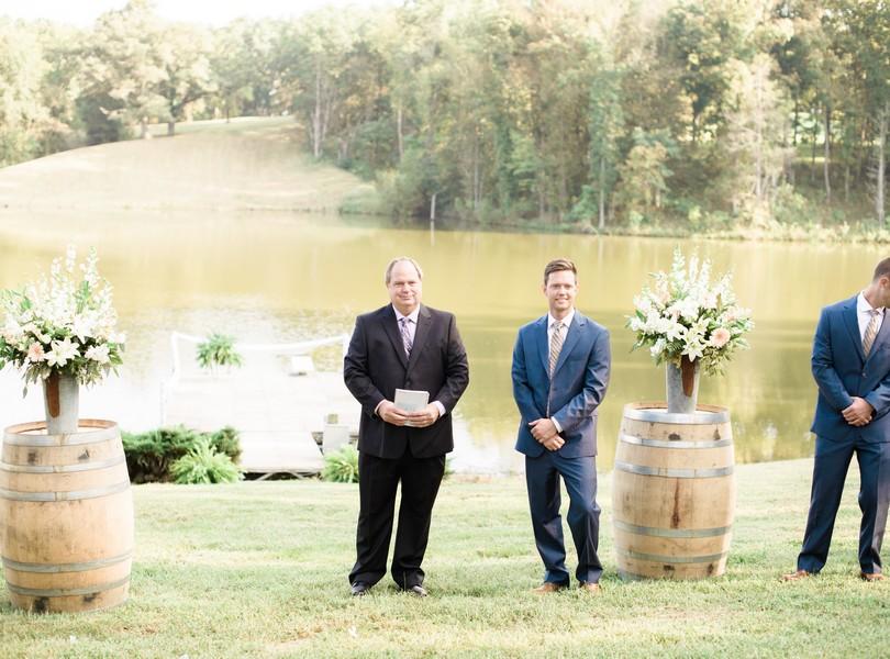 lindsey-pantaleo-wedding-photography-fulton-missouri-outdoor-wedding-34