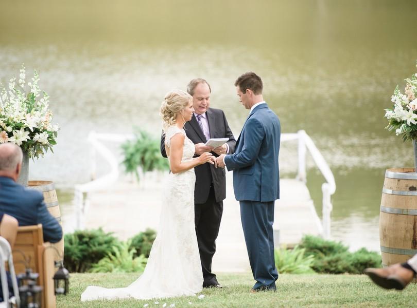 lindsey-pantaleo-wedding-photography-fulton-missouri-outdoor-wedding-38