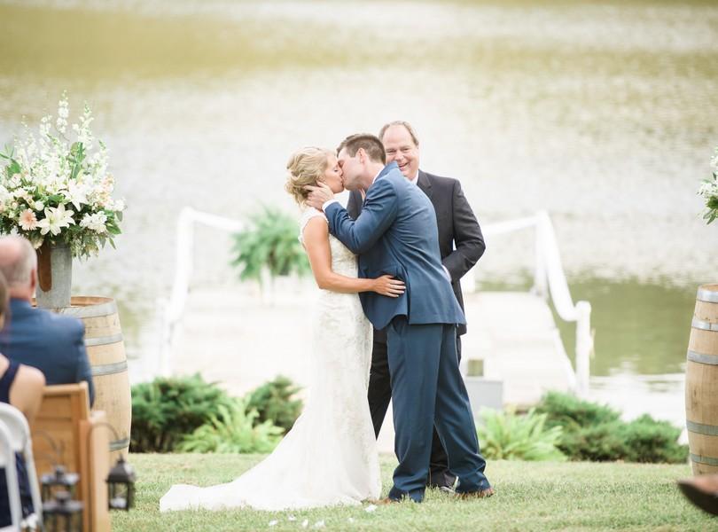 lindsey-pantaleo-wedding-photography-fulton-missouri-outdoor-wedding-39