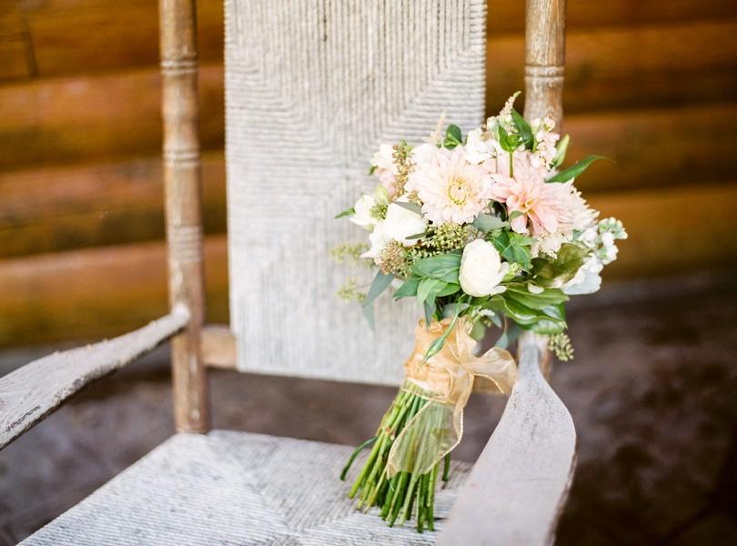 lindsey-pantaleo-wedding-photography-fulton-missouri-outdoor-wedding-4