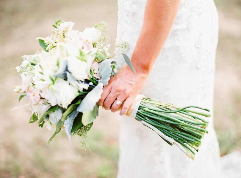 lindsey-pantaleo-wedding-photography-fulton-missouri-outdoor-wedding-8