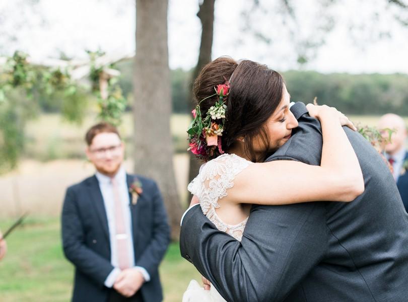 Mr Mrs Pelzer The Red Barn Jefferson City Missouri Lindsey Pantaleo Fine Art Wedding And
