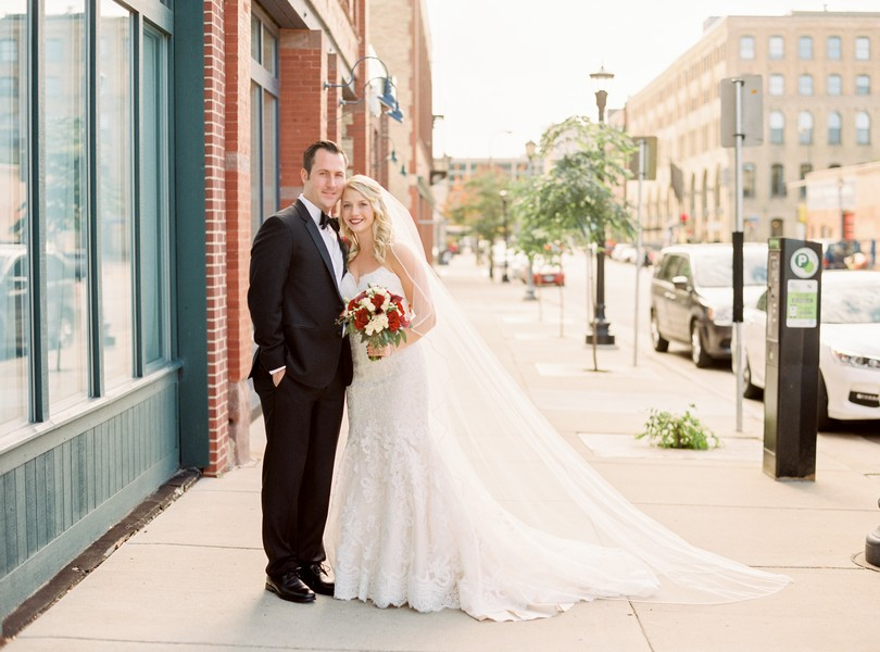 wedding-photography-minneaoplis-minnesota-the-muse-event-center-lindsey-pantaleo-photography-3