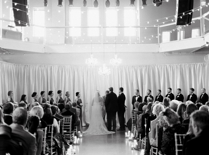 wedding-photography-minneaoplis-minnesota-the-muse-event-center-lindsey-pantaleo-photography-40
