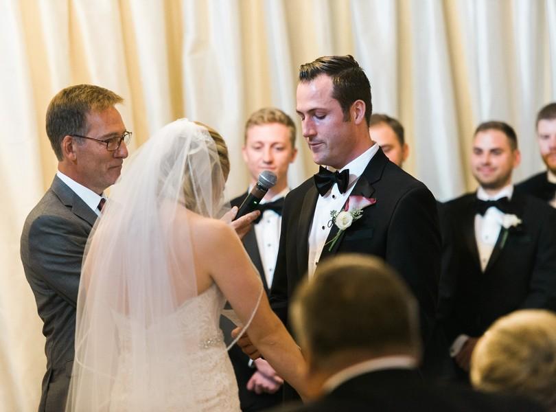 wedding-photography-minneaoplis-minnesota-the-muse-event-center-lindsey-pantaleo-photography-42