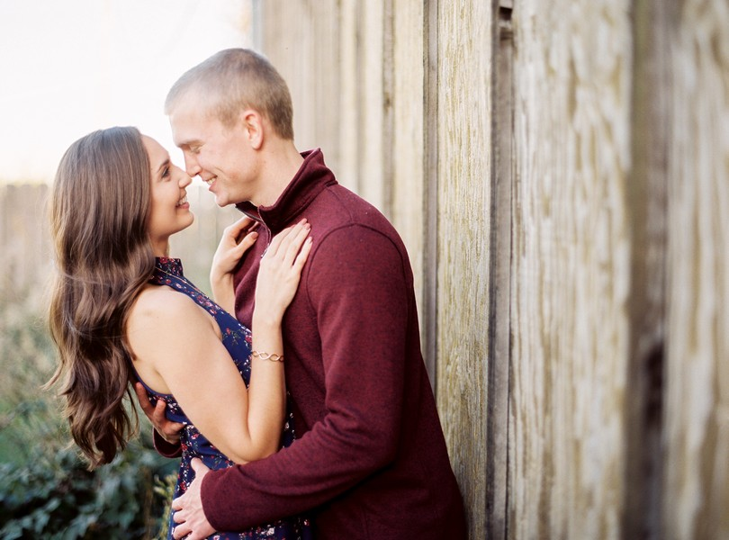 engagement-photography-lindsey-pantaleo-meramec-vineyards-st-james-missouri-4