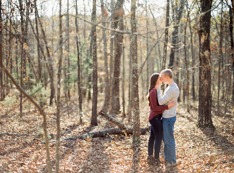 engagement-photography-lindsey-pantaleo-meramec-vineyards-st-james-missouri-7