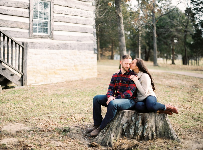 Wedding-Photographer-Lindsey-Pantaleo-Engagement-Shoot-Jefferson-City-Missouri-River-Access (7)