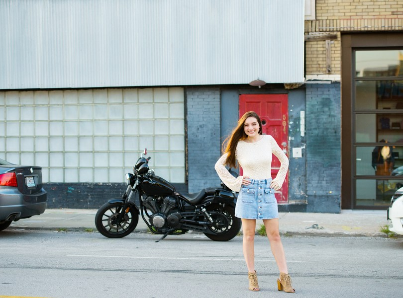 High-School-Senior-Photography-Kansas-City-Missouri-Lindsey-Pantaleo-Helias-Senior-2018-The-Plaza (11)
