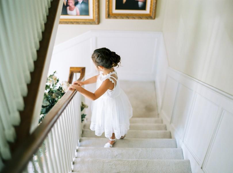 Outdoor-Wedding-Hannibal-Missouri-Lindsey-Pantaleo-Backyard-Wedding (12)