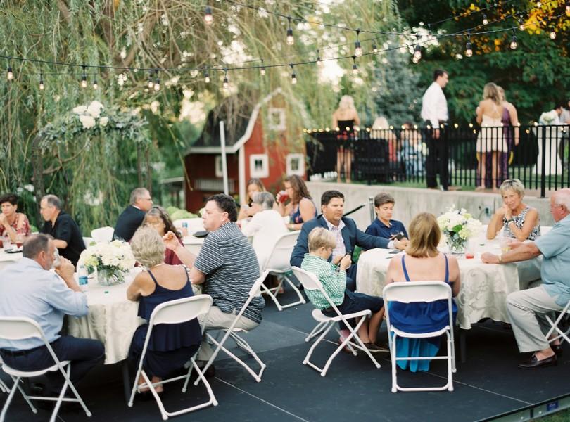 Outdoor-Wedding-Hannibal-Missouri-Lindsey-Pantaleo-Backyard-Wedding (18)