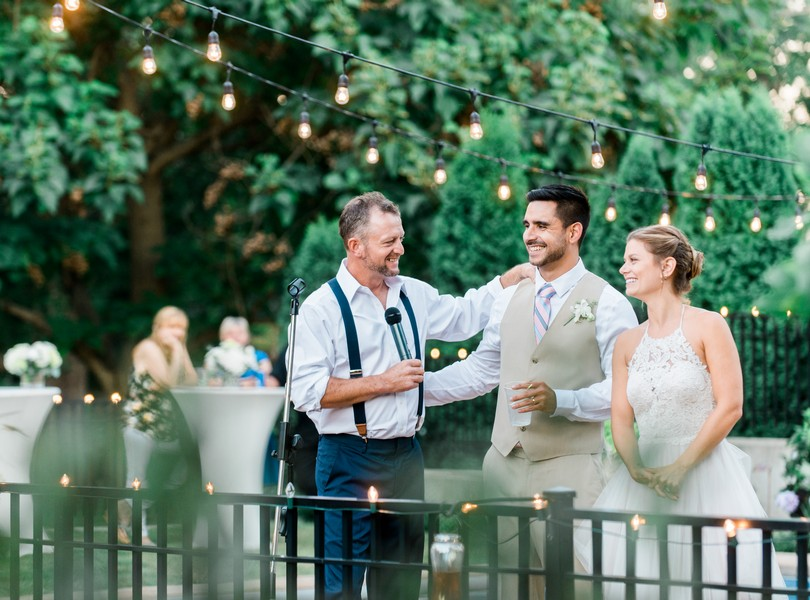 Outdoor-Wedding-Hannibal-Missouri-Lindsey-Pantaleo-Backyard-Wedding (23)