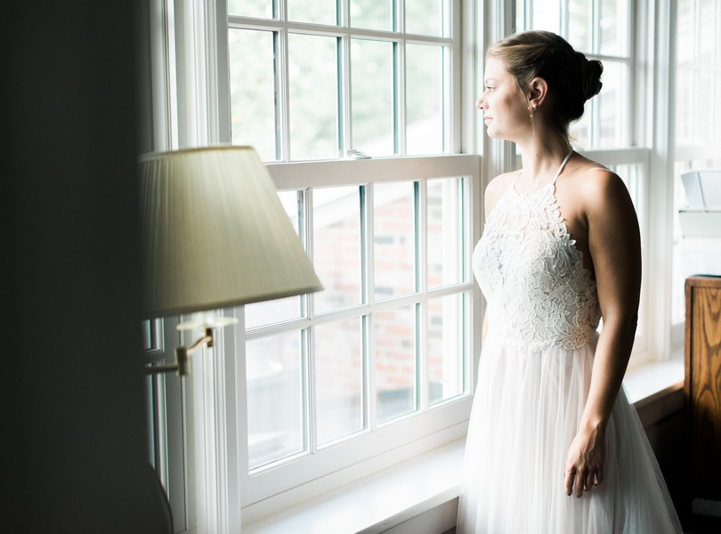 Outdoor-Wedding-Hannibal-Missouri-Lindsey-Pantaleo-Backyard-Wedding (29)