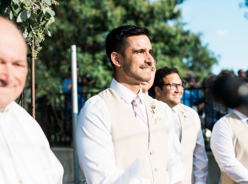 Outdoor-Wedding-Hannibal-Missouri-Lindsey-Pantaleo-Backyard-Wedding (34)