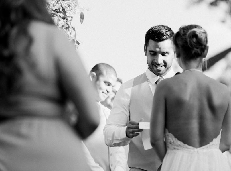 Outdoor-Wedding-Hannibal-Missouri-Lindsey-Pantaleo-Backyard-Wedding (37)