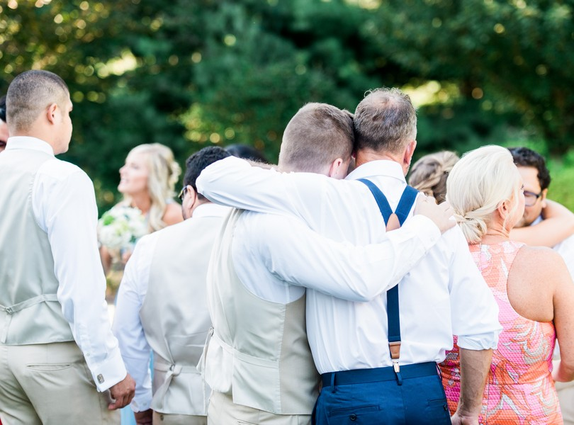 Outdoor-Wedding-Hannibal-Missouri-Lindsey-Pantaleo-Backyard-Wedding (41)