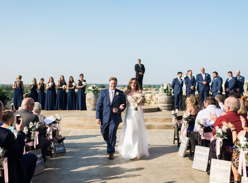 Wedding-Hermann-Hill-Vineyard-Inn-Weddings-River-Bluff-Ceremony-Hermann-Missouri-Lindsey-Pantaleo-Photography (35)