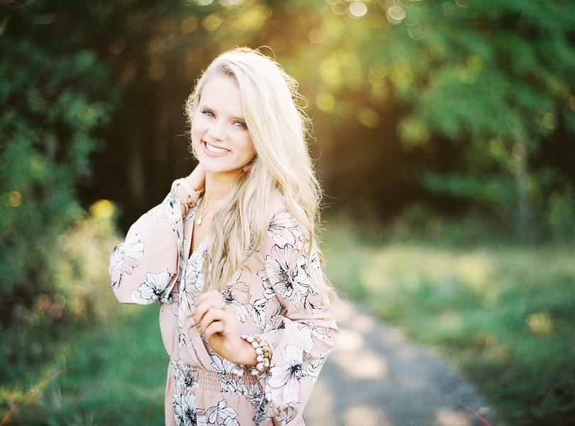 Helias-Senior-2018-Photography-Lindsey-Pantaleo (2)
