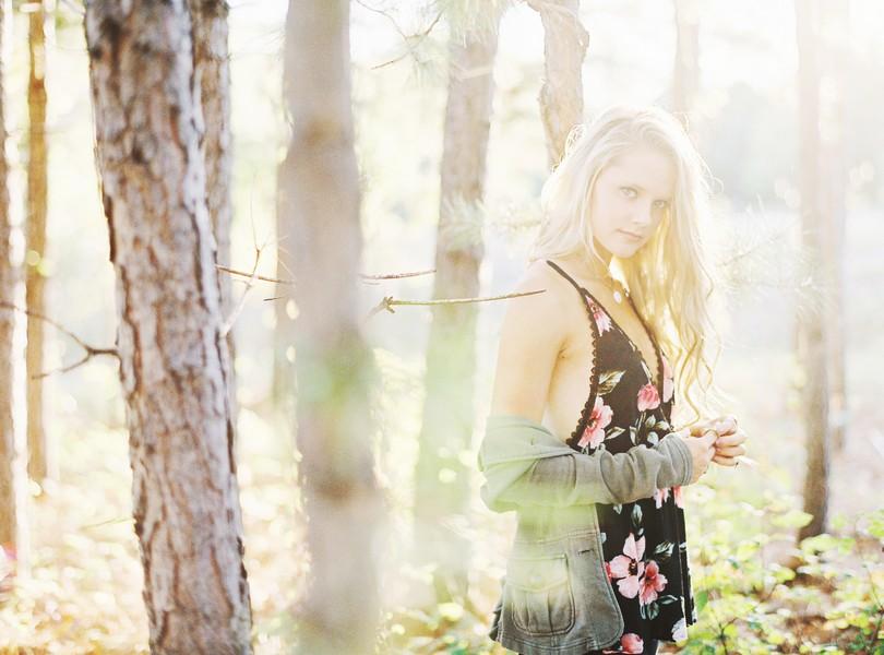 Helias-Senior-2018-Photography-Lindsey-Pantaleo (3)