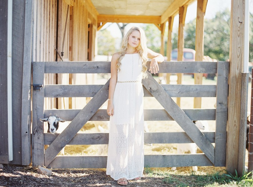 Helias-Senior-2018-Photography-Lindsey-Pantaleo (5)
