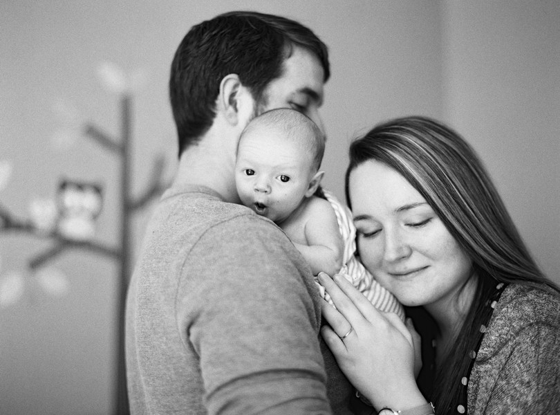Newborn-Lifestyle-Session-Jefferson-City-Photography-Lindsey-Pantaleo-In-Home-Sessions (13)